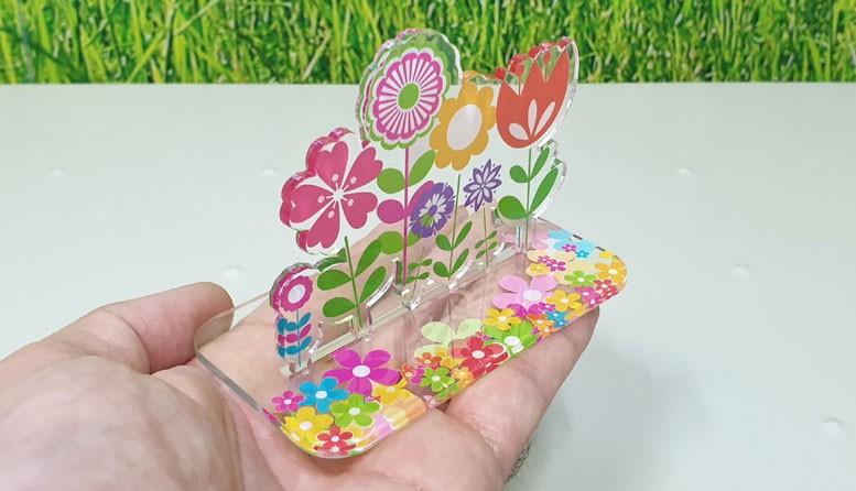 Impressão e corte em acrílico cristal